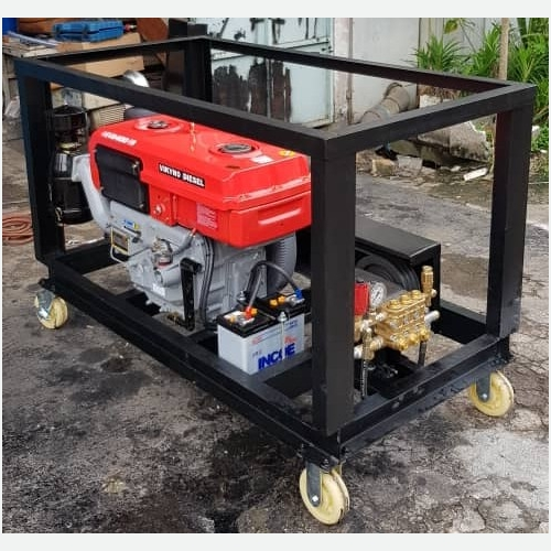 ANNOVI HIGH PRESSURE PUMP 15L/350BAR C/W VIKYNO 22HP DIESEL ENGINE (KEY START) * ITALY HIGH PRESSURE
